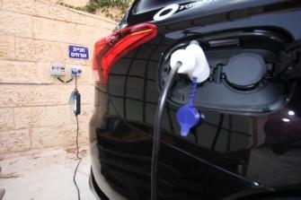 10 שינויי-שגרה במכונית החשמלית
