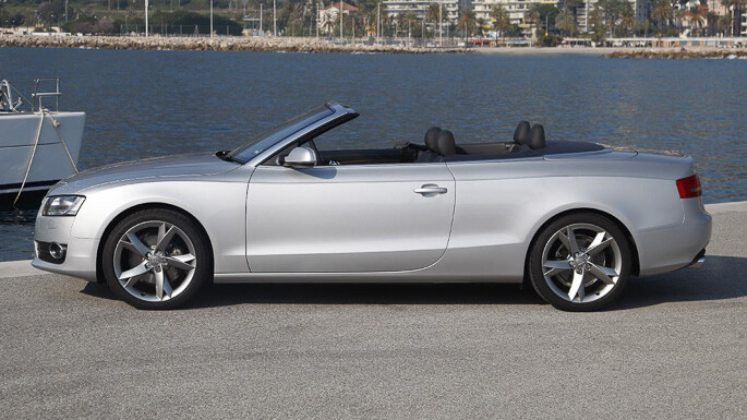 audi A5 Cabriolet 2009 Side
