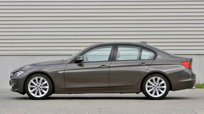 bmw 3 series 2012 Side