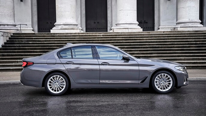 bmw 5 series new Side