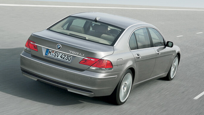 bmw 7 series 2003 Rear