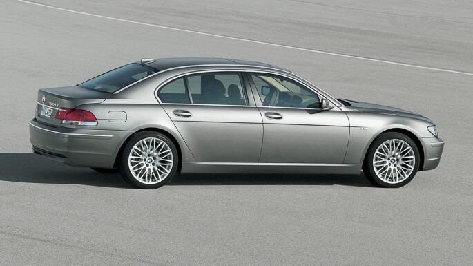 bmw 7 series 2003 Side