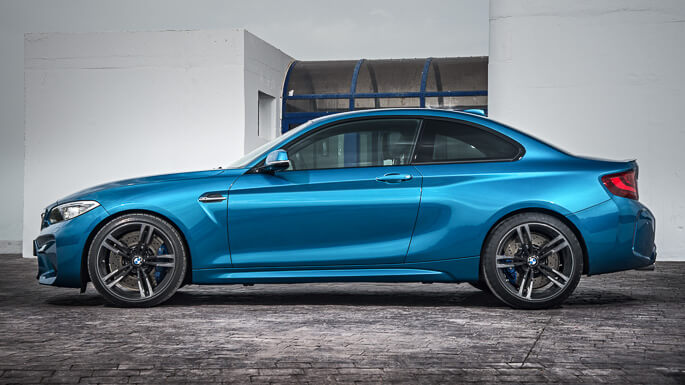 bmw M2 new Side