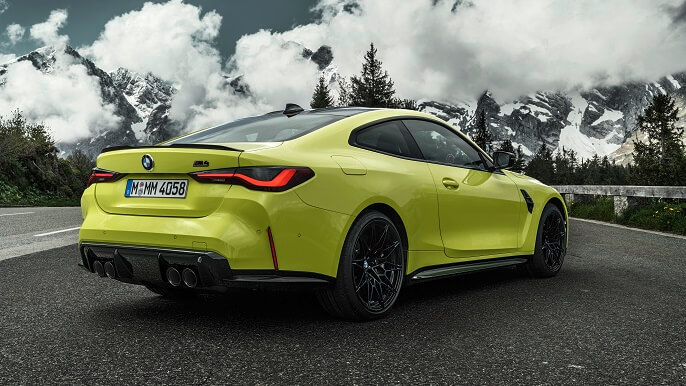 bmw M4 new Rear