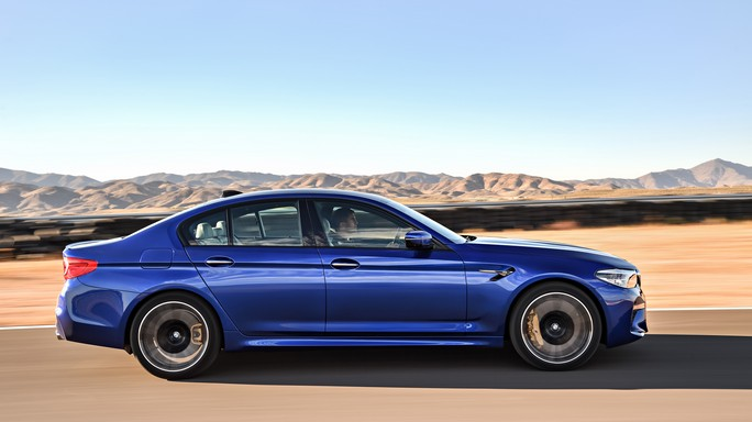 bmw M5 new Side