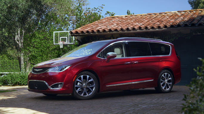 chrysler pacifica new Side
