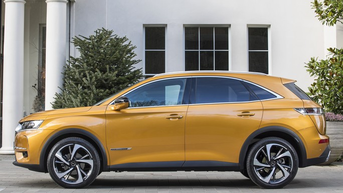 DS DS7crossback new Side
