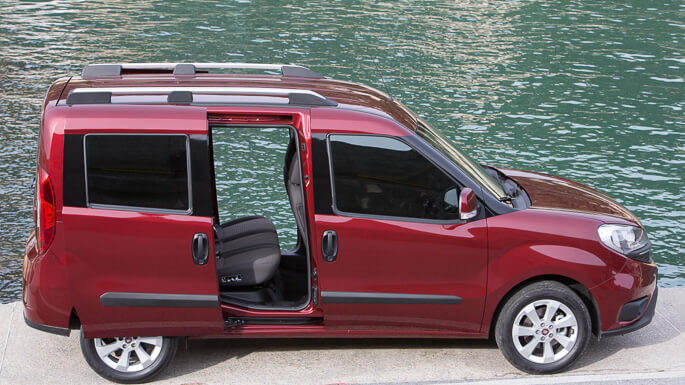 fiat doblo new Side
