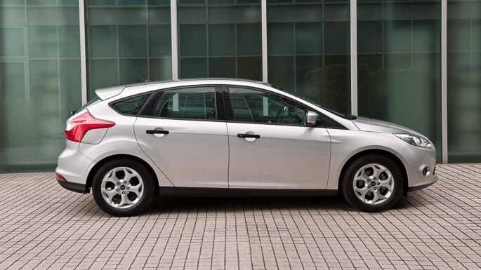 ford focus 2012 Side