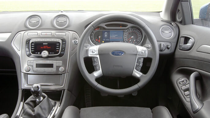 ford mondeo SW 2008 Interior
