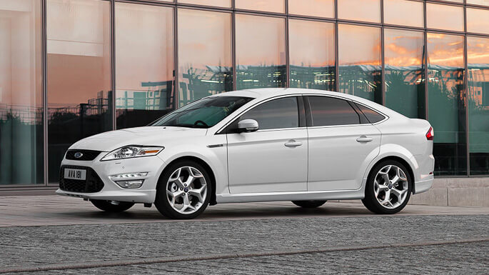ford mondeo 2008 Side