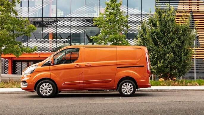 ford transit custom new Side