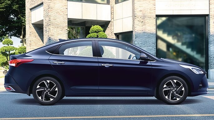 hyundai accent new Side