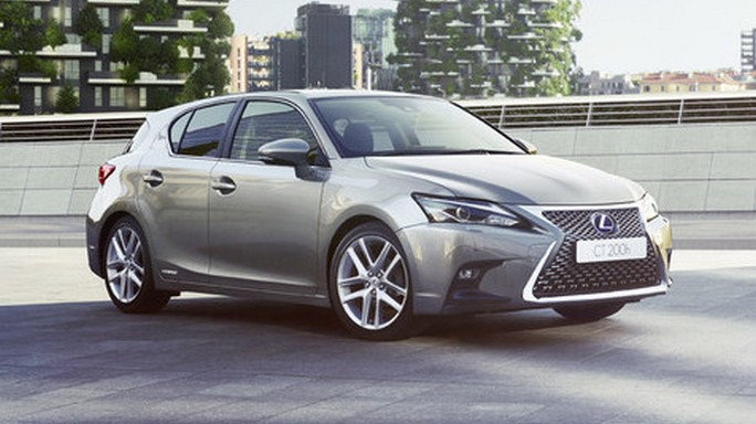 lexus CT200H new Front