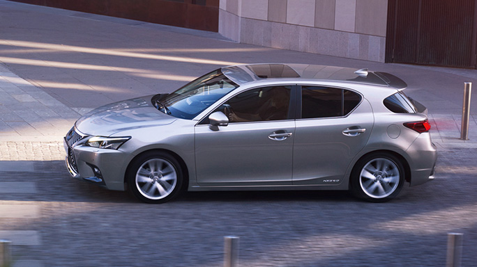 lexus CT200H new Side