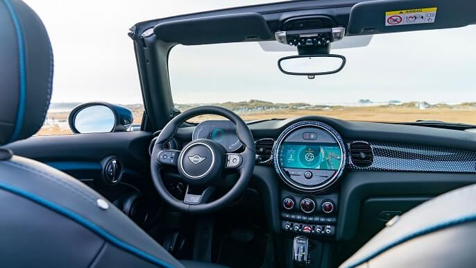 mini cooper cabriolet new Interior