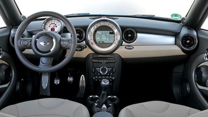 mini coupe 2012 Interior