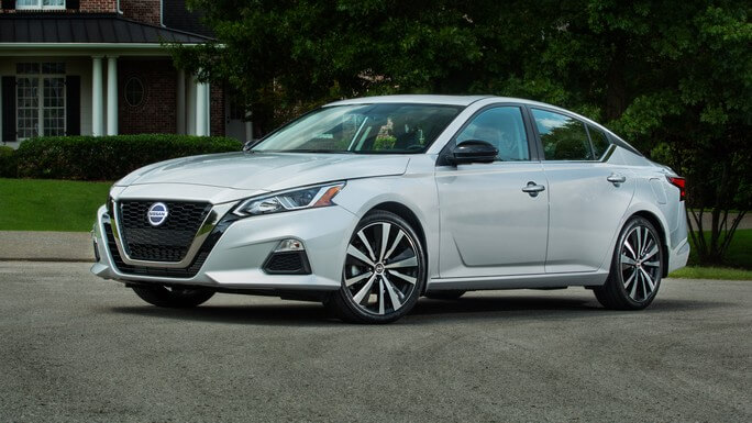 nissan altima new Front
