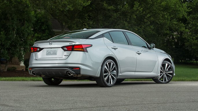 nissan altima new Rear