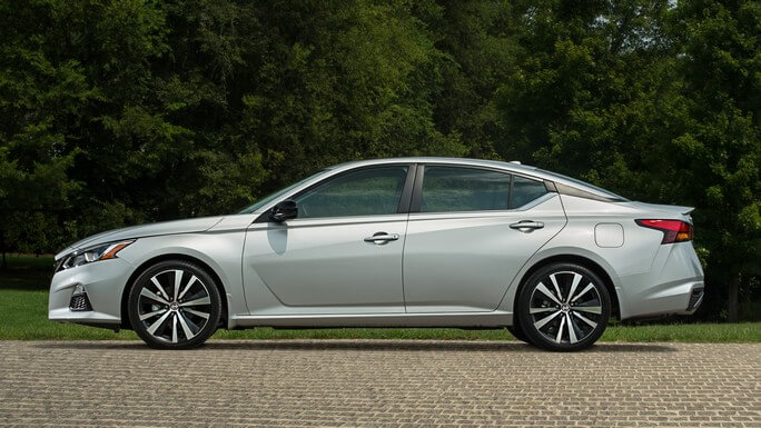 nissan altima new Side