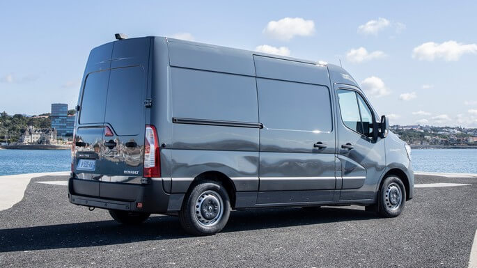 renault master new Rear