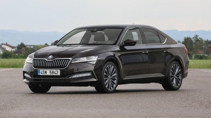 skoda superb new Front