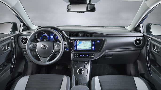 toyota auris new Interior