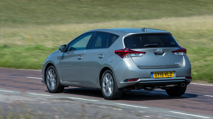 toyota auris new Rear