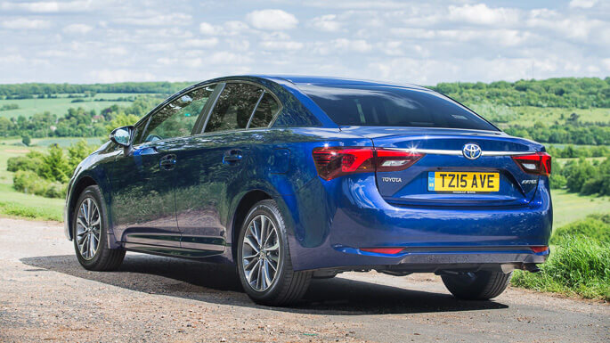 toyota avensis new Rear