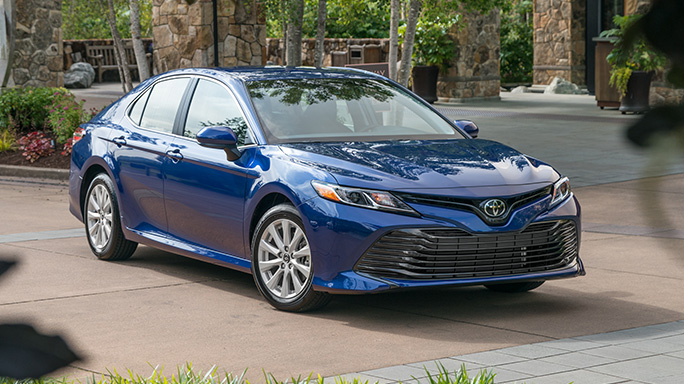toyota camry hybrid new Front