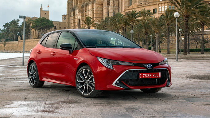 toyota corolla hatchback new Front