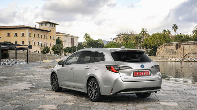 toyota corolla touring sports new Rear