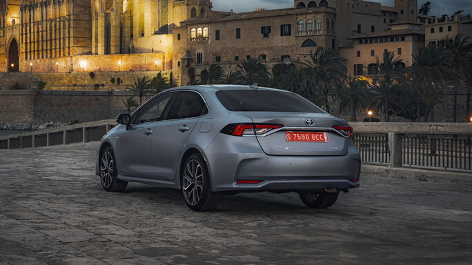 toyota corolla new Rear