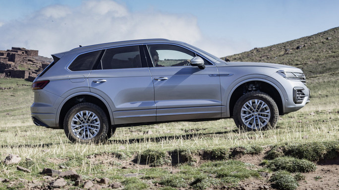 volkswagen touareg new Side