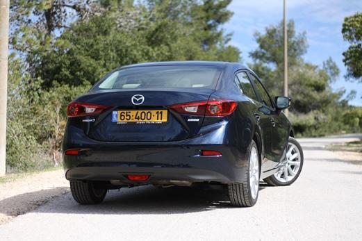 מודיעין מבחני רכב - מאזדה 3 מנוע 2.0 ליטר - מבחן רכב - iCar RK-92