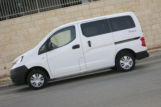 סופר מבחני רכב - ניסאן NV200 - מבחן רכב - iCar LR-77
