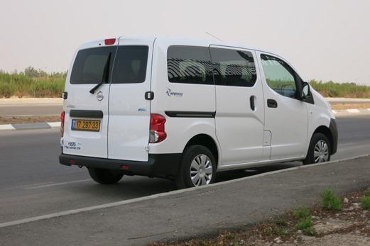 מודרניסטית מבחני רכב - ניסאן NV200 - מבחן רכב - iCar SB-56