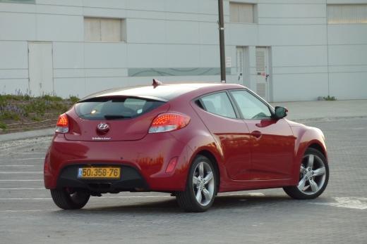 ניס מבחני רכב - יונדאי ולוסטר ידנית - מבחן רכב - iCar QV-15